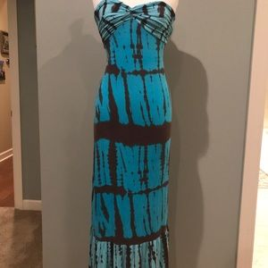 Blue and brown patterned Boston Proper maxi dress